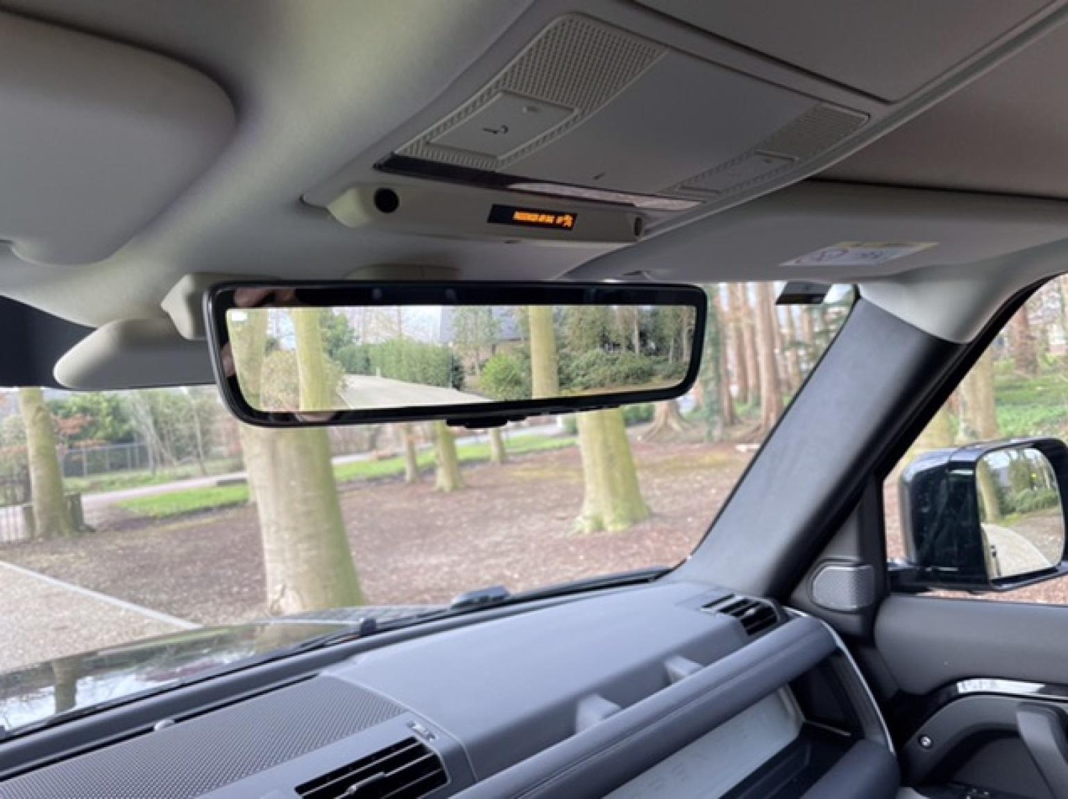 Land Rover-Defender-20