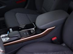 Hyundai-IONIQ-10