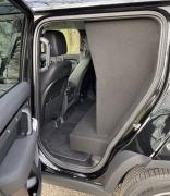 Land Rover-Defender-18