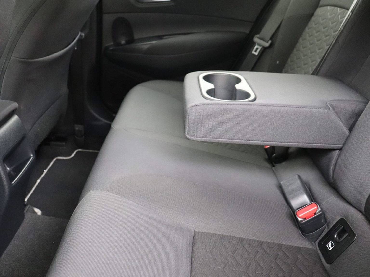 Toyota-Corolla-10