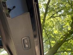 Volvo-XC90-22